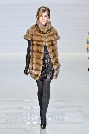 Показы мод Simonetta Ravizza Осень-зима 2012-2013 | Подиум на ELLE - Подиум - фото 1543