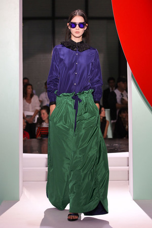 Показы мод Kenzo Весна-лето 2012 | Подиум на ELLE - Подиум - фото 1794