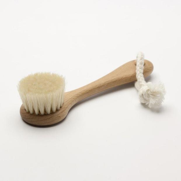Правильное очищение кожи лица (фото 6)