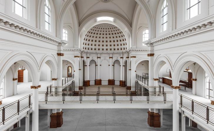 Дизайн-галерея в старой церкви Сан-Франциско (фото 1)