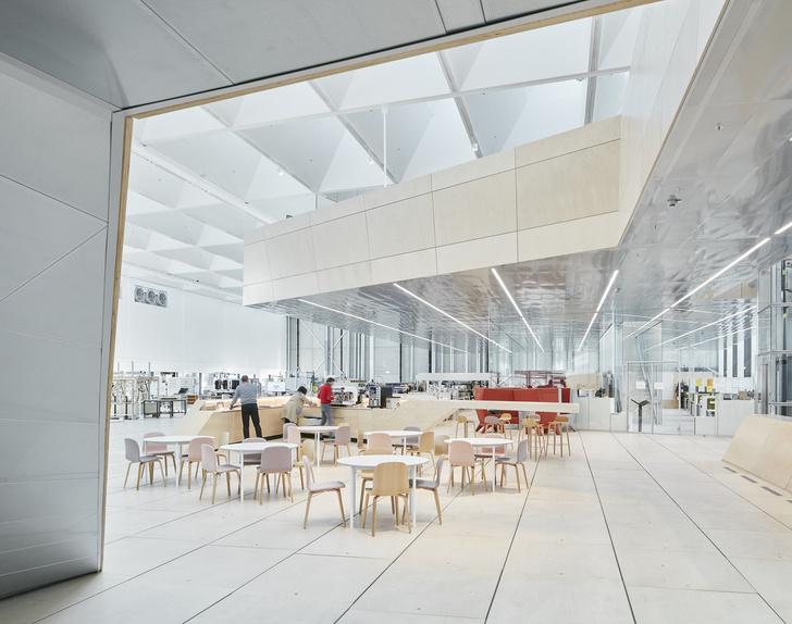 Новое здание штаб-квартиры Swarovski от студии Snøhetta (фото 2)
