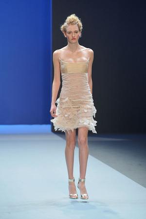 Показ Christophe Josse коллекции сезона Весна-лето 2010 года haute couture - www.elle.ru - Подиум - фото 137942
