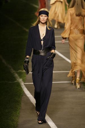 Показы мод Hermes Весна-лето 2010 | Подиум на ELLE - Подиум - фото 2912