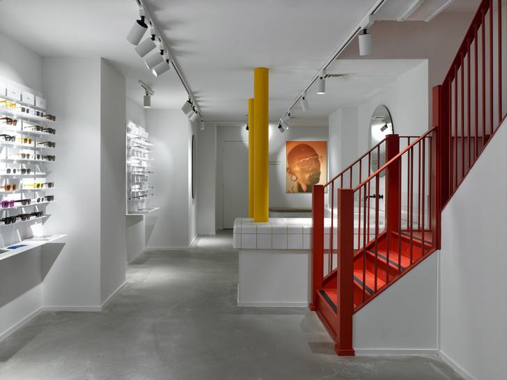 С широко раскрытыми глазами: яркий магазин очков Ace & Tate в Сохо (фото 6)