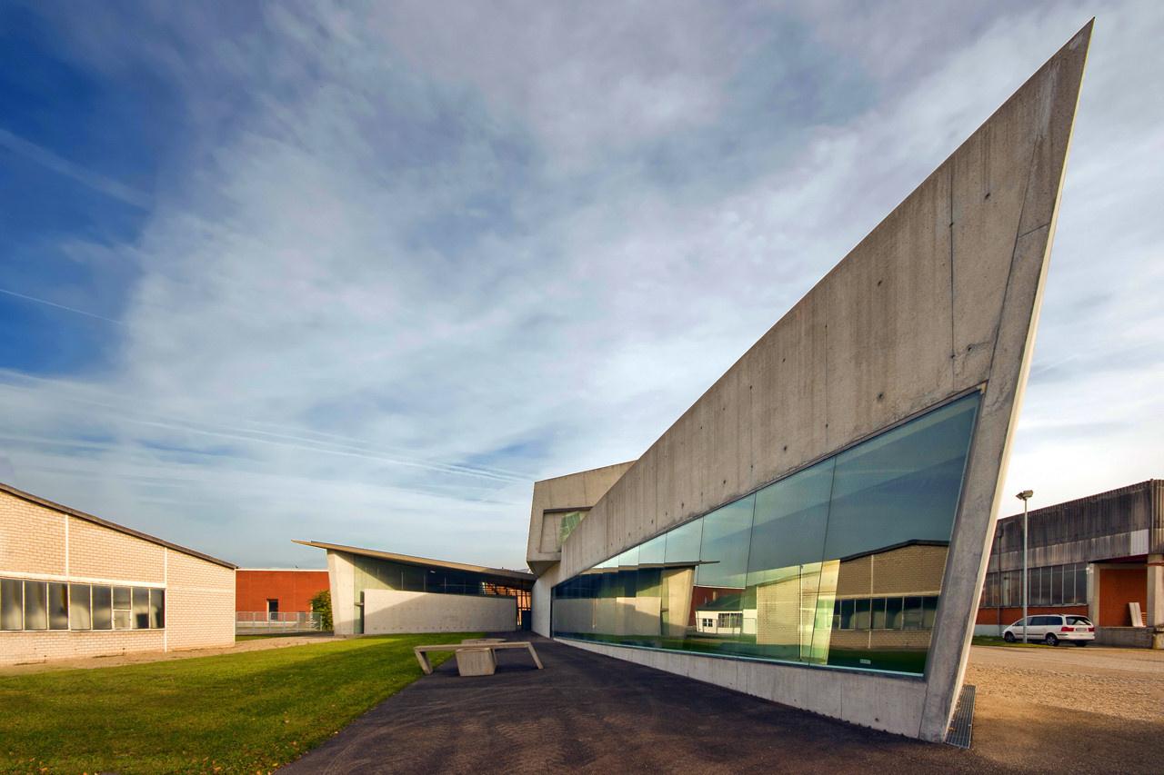 Проснулся знаменитым: первые проекты звезд архитектуры (галерея 3, фото 1)