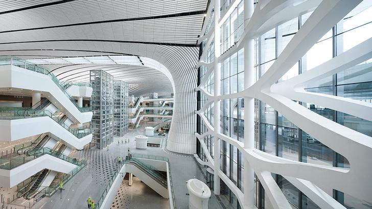 В Пекине открылся новый аэропорт по проекту Захи Хадид (фото 5)