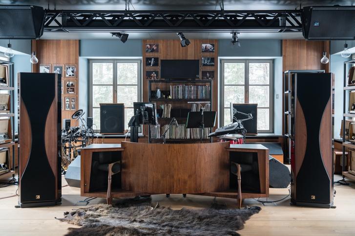 15 оттенков серого: подмосковный дом по проекту Ладзаро Рабони (фото 7)