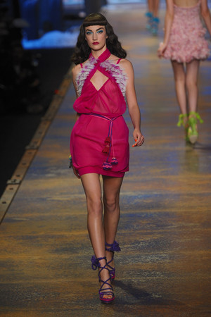 Показы мод Christian Dior Весна-лето 2011 | Подиум на ELLE - Подиум - фото 2511