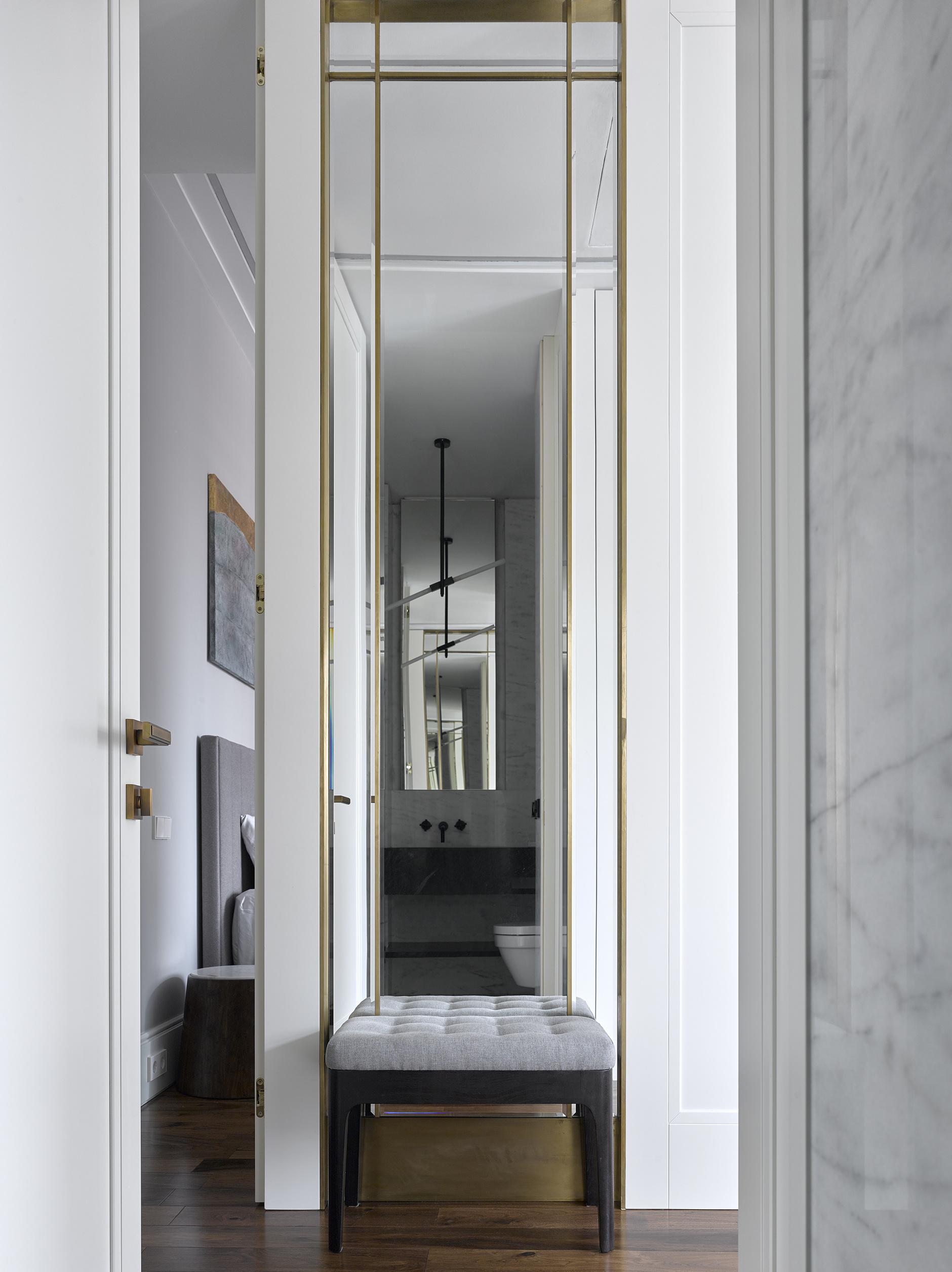 Зеркала в прихожей: 15 стильных решений (галерея 0, фото 5)