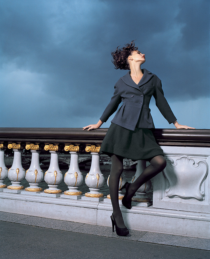 Жакет, Malo; юбка, Ralph Lauren; туфли, Kenzo; колготки, Wolford