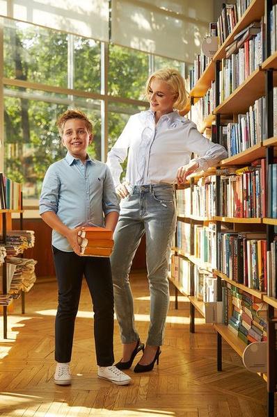 Скоро в школу: звездные мамы с детьми в новой рекламной кампании H&M | галерея [1] фото [7]