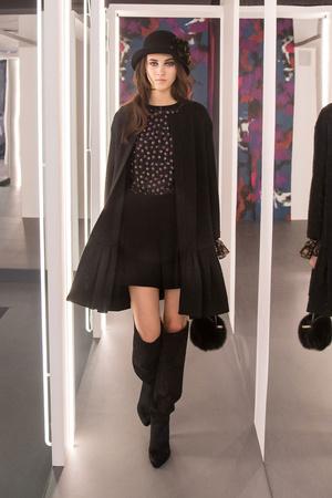 Показ Diane Von Furstenberg коллекции сезона Осень-зима 2016-2017 года prêt-à-porter - www.elle.ru - Подиум - фото 603513