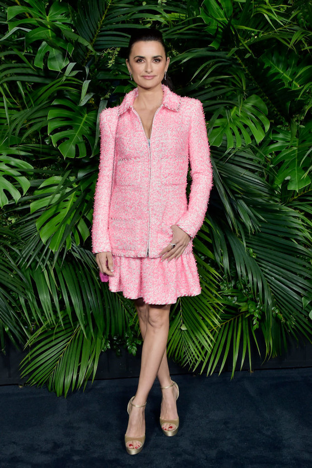 Пенелопа Крус, Марго Робби, Деми Мур и другие голливудские красавицы на вечеринке Chanel (фото 1)
