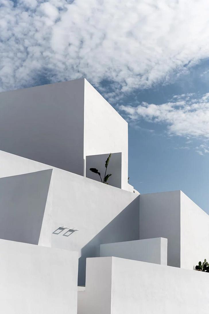 Saint Hotel на острове Санторини по проекту Kapsimalis Architects (фото 13)