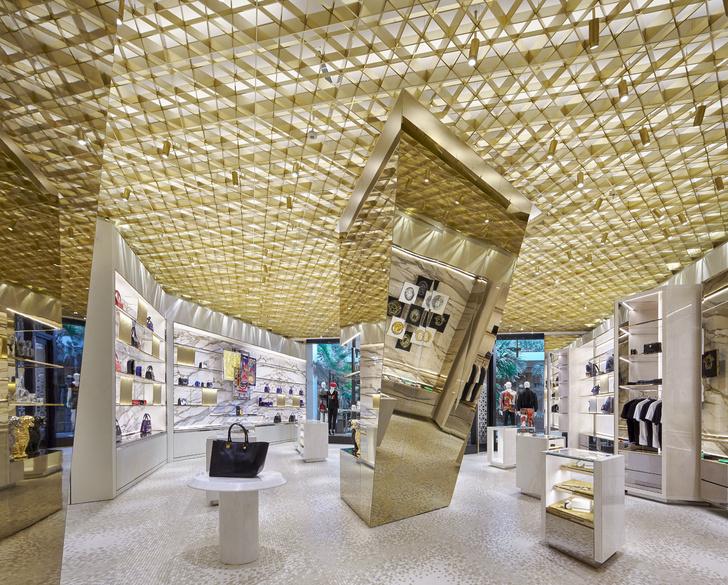 В Майами открылся новый бутик Versace (фото 2)