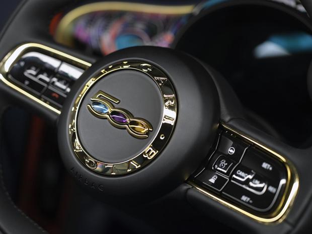 Dolce vita: Bvlgari и Fiat объединились, чтобы создать поистине драгоценный автомобиль (фото 9)