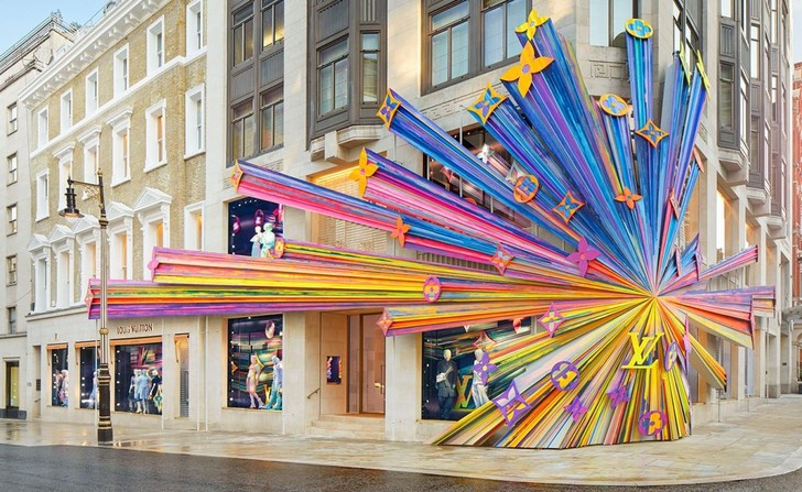 Бутик Louis Vuitton в Лондоне (фото 0)