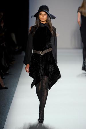 Показы мод Nicole Miller Осень-зима 2012-2013 | Подиум на ELLE - Подиум - фото 1720