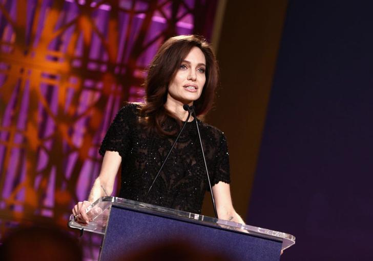 Анджелина Джоли выступила с проникновенной речью (фото 1)