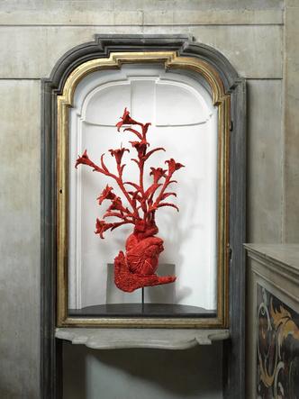 Коралловые скульптуры Яна Фабра для церкви в Неаполе (фото 5.1)