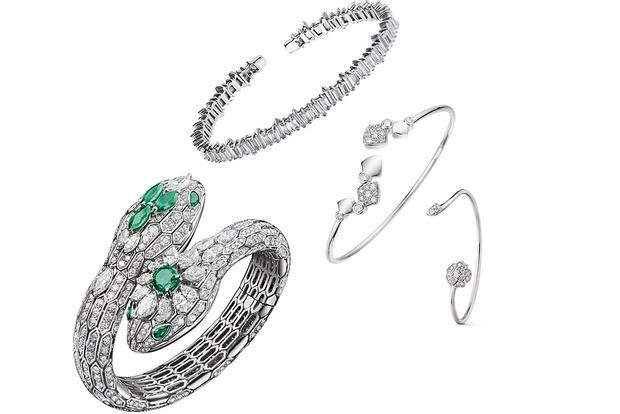 Тренд: открытые браслеты и часы в светлой гамме (фото 7)