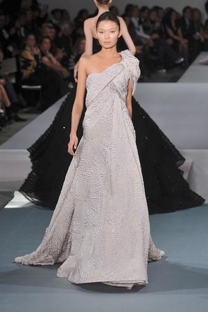 Показ Elie Saab коллекции сезона Весна-лето 2009 года Haute couture - www.elle.ru - Подиум - фото 86587