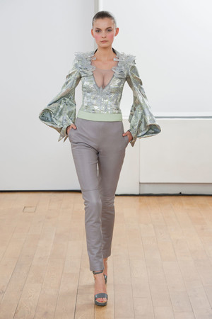 Показ Julien Fournie коллекции сезона Весна-лето 2014 года haute couture - www.elle.ru - Подиум - фото 574965