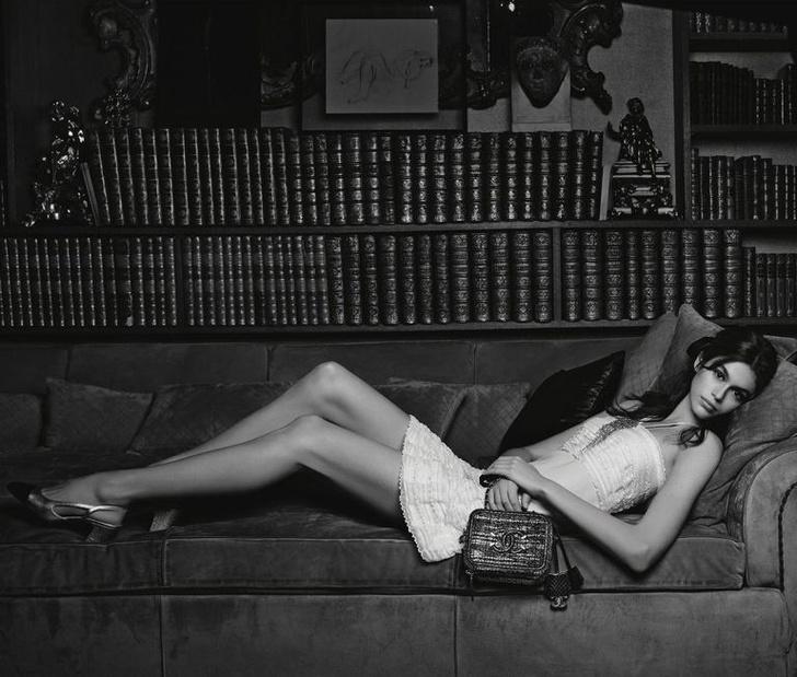 Кайя Гербер в новой рекламной кампании Chanel (фото 4)