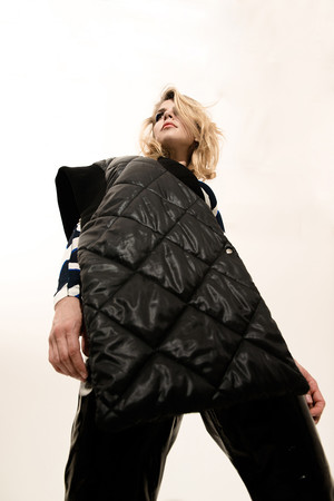 Как носить вещи из новой подиумной коллекции H&M Studio? фото [17]