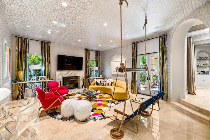 Актриса Кейли Куоко продает свой дом в Лос-Анджелесе (фото 9)