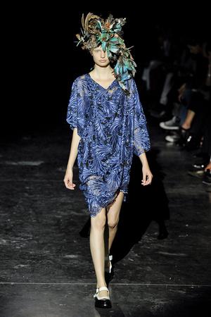 Показ Junya Watanabe коллекции сезона Весна-лето 2012 года prêt-à-porter - www.elle.ru - Подиум - фото 310859