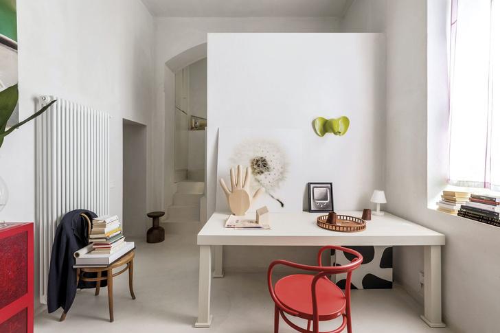 Лучше меньше да лучше: микроквартира дизайнера Альдо Чибика в Милане (фото 0)