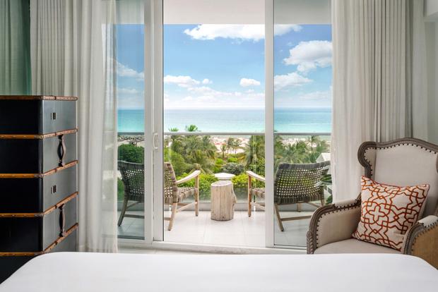 Отель Nautilus с коворкингом и барбершопом в Майами (фото 16)