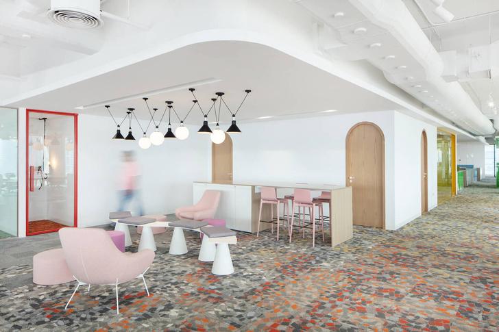 Эклектичный офис в Дубае (фото 6)