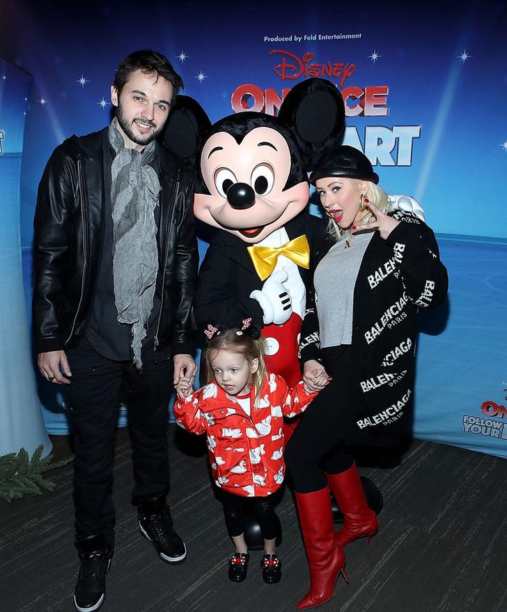 Мила Кунис, Кристина Агилера и другие звезды на ледовом шоу Disney (фото 1)