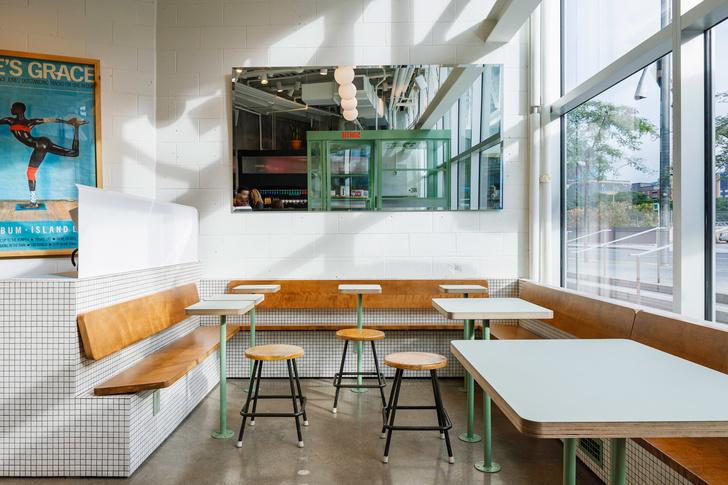 Маленькое дизайнерское кафе Melk в Монреале (фото 3)