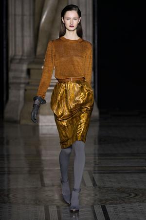 Показ Nicole Farhi коллекции сезона Осень-зима 2012-2013 года prêt-à-porter - www.elle.ru - Подиум - фото 353557