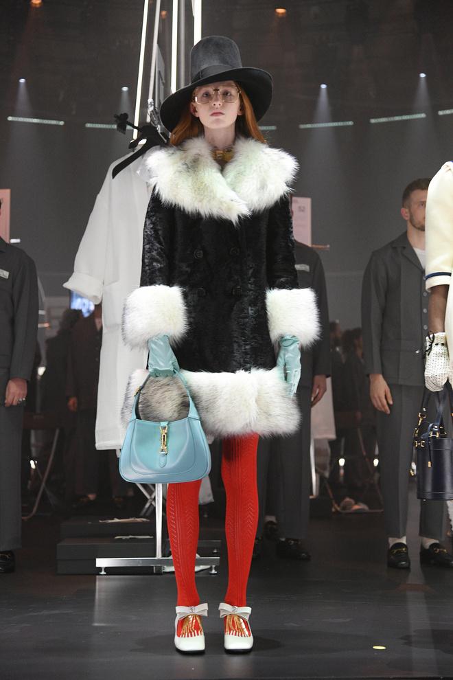 Мастера Gucci дошивали одежду прямо на показе (фото 6.2)