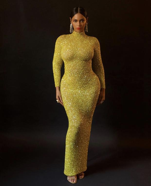 Царица Бейонсе: новый ошеломительный золотой образ (фото 1)