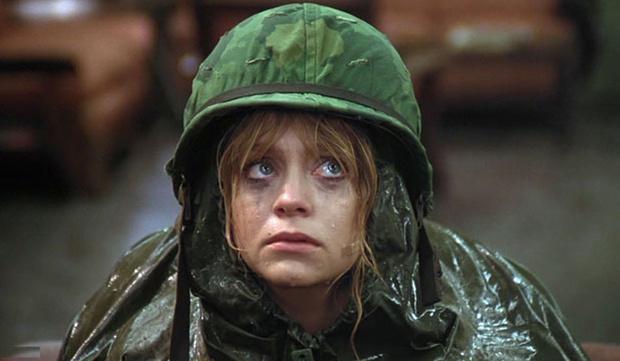 Кадр из фильма «Рядовой Бенджамин», 1980