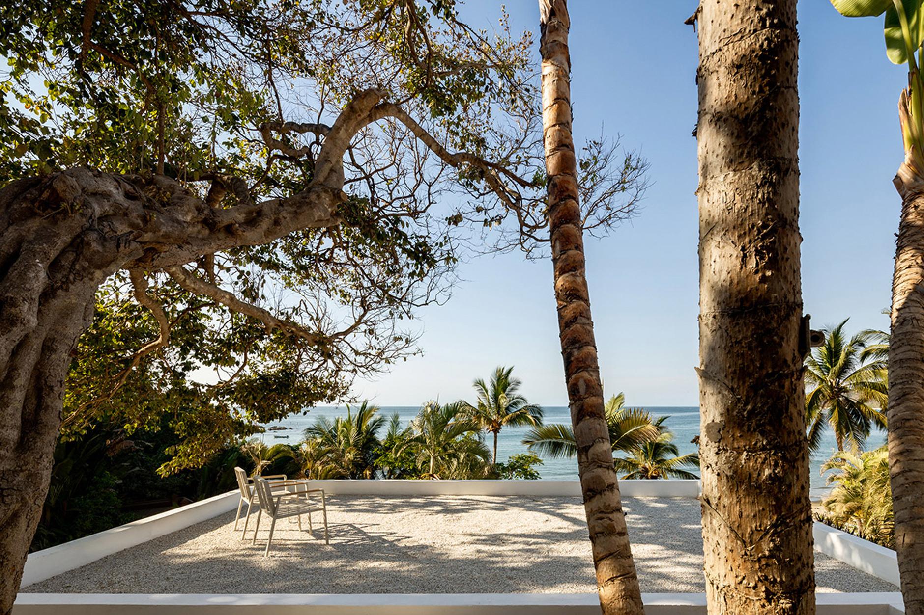 С видом на океан: серферский домик в Мексике (галерея 9, фото 3)