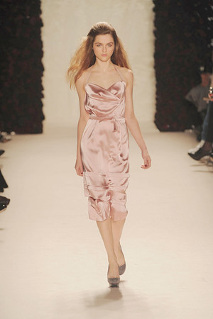 Показы мод Nina Ricci Осень-зима 2010-2011 | Подиум на ELLE - Подиум - фото 2732