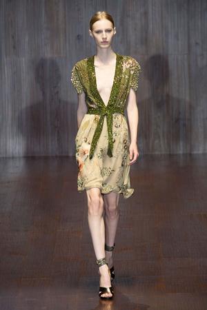 Показ Gucci коллекции сезона Весна-лето 2015 года prêt-à-porter - www.elle.ru - Подиум - фото 588724