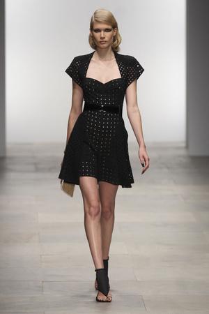 Показы мод Marios Schwab Весна-лето 2012 | Подиум на ELLE - Подиум - фото 1945