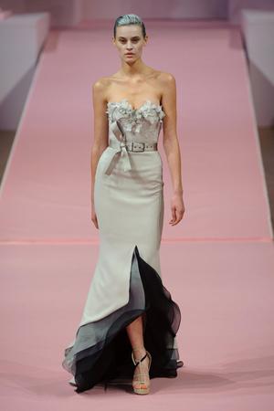 Показ Alexis Mabille коллекции сезона Весна-лето 2013 года Haute couture - www.elle.ru - Подиум - фото 477544
