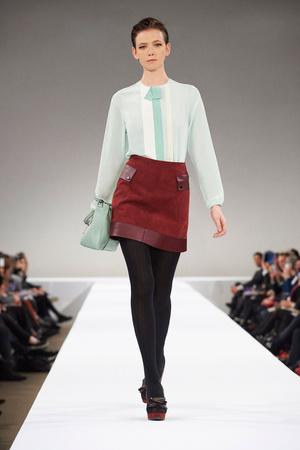 Показы мод Longchamp Осень-зима 2015-2016 | Подиум на ELLE - Подиум - фото 4305