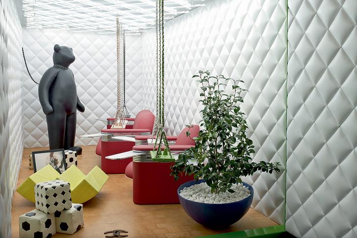 Передвижной музей Chanel Mobile Art, архитектор Заха Хадид.