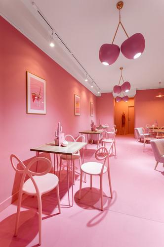 Вишенка на торте: розовое кафе в Лешно (фото 6.2)