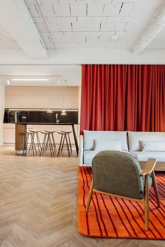 Мадридский офис в стиле mid-century modern (фото 6.1)