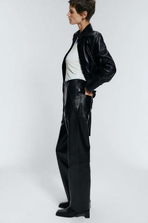 Кожаные брюки: какие купить и с чем носить (фото 17.1)